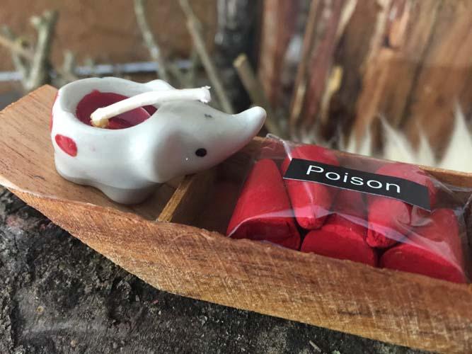 Barca Poison